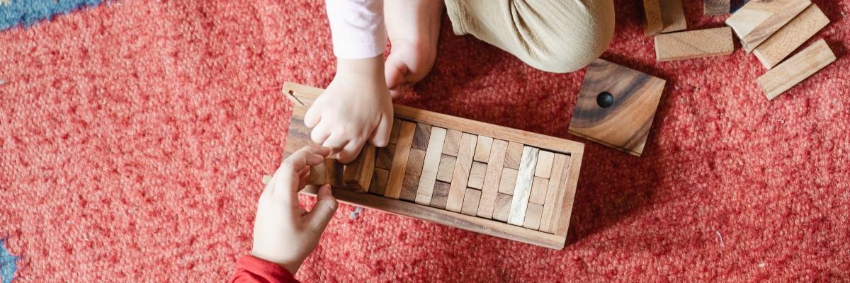 Stalo žaidimai vaikams