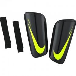 Futbolo apsaugos NIKE Hard Shell Slip-In SP2101-011
