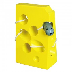 ''Viga'' sūrio labirintas su pelyte